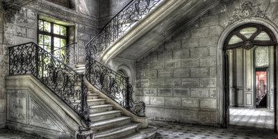 Stairs/Right open door