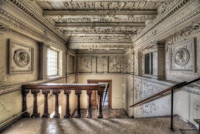Hallway Balustrade left