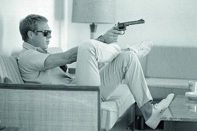 Steven McQueen takes aim